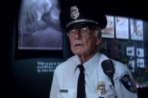 斯坦·李在《美国队长3》里有客串